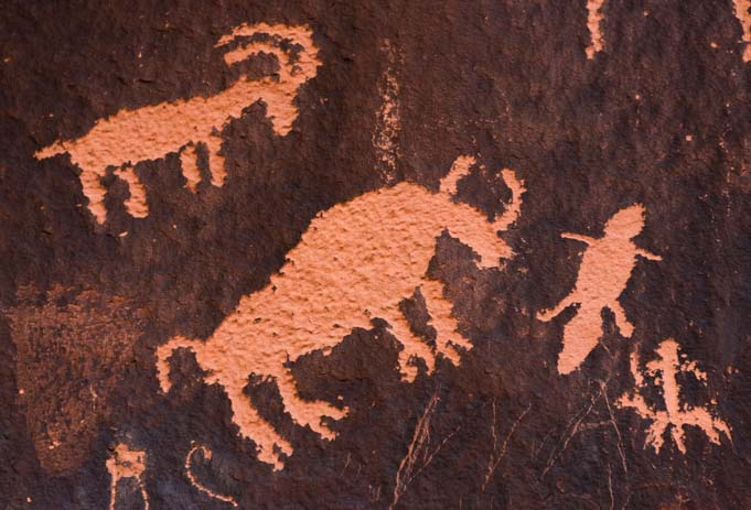 Petroglyph rock art at Newspaper Rock Gazelle, bison and beaver tadpole