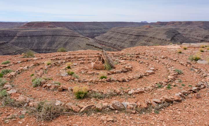Rock Circles Goosenecks State Park Utah