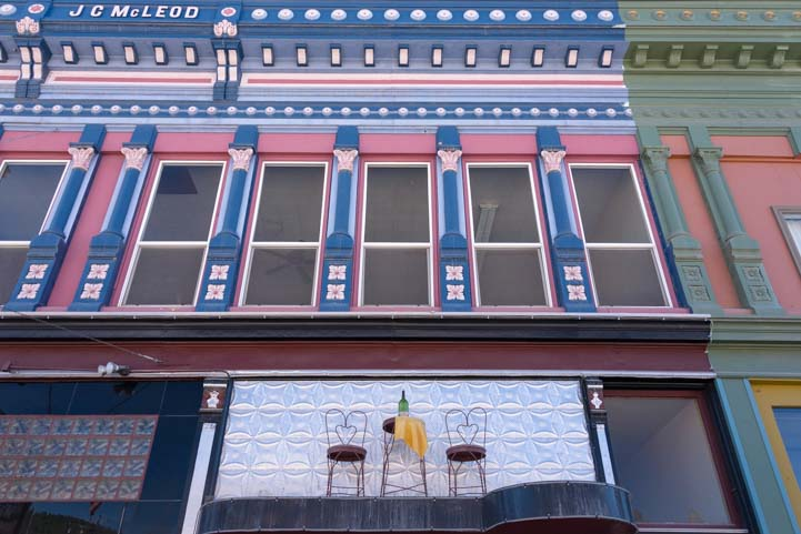 Painted building in Philipsburg Montana