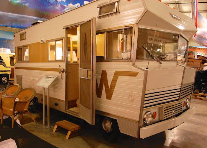 1967 19' Winnebegao Motor Home