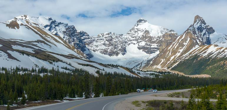 Snowcapped mountains Icefields Parkway Jasper National Park Alberta Canada