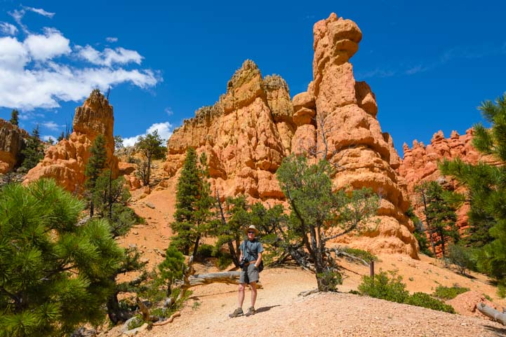 Hiking Pink Ledges Trail in Red Canyon Utah
