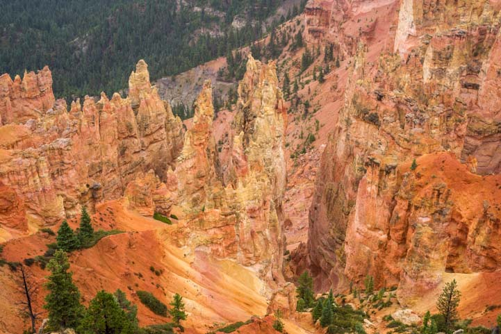 Colors at Agua Canyon Bryce Canyon National Park Utah