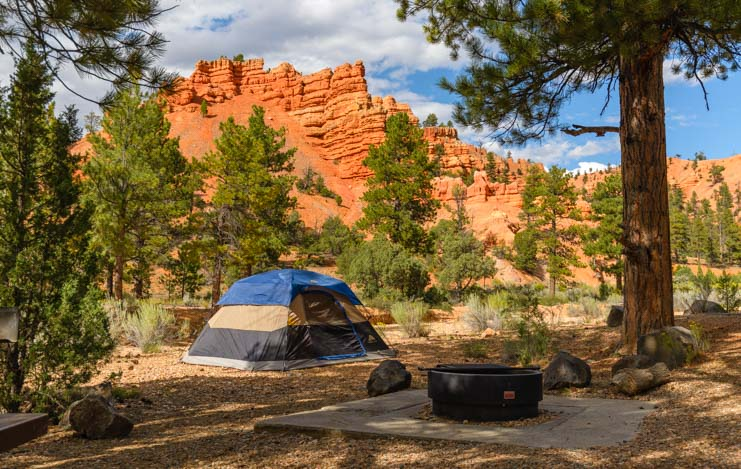 Tent camping Red Canyon Campground Utah