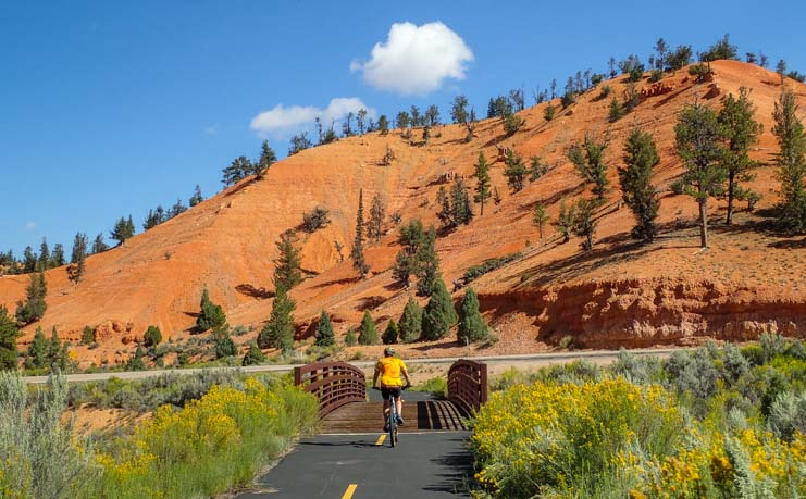 Bicycling the Red Canyon Bike Trail in Utah