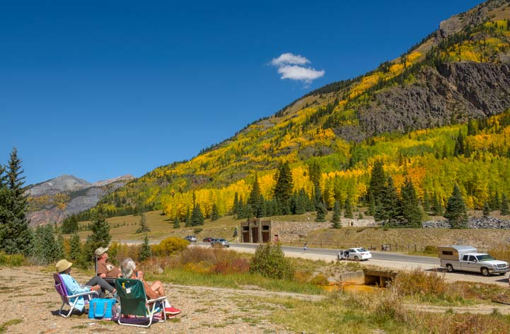Leaf peepers San Juan Skyway Colorado Colorful valleys