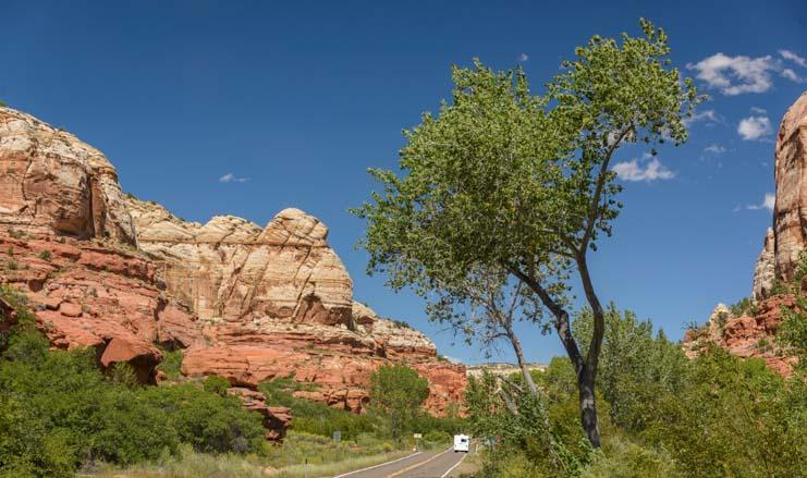 RV motorhome Utah Scenic Byway 12 road trip