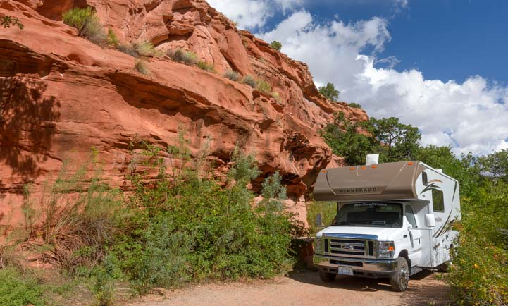RV campground Lower Calf Creek Falls Grand Staircase Escalante Utah
