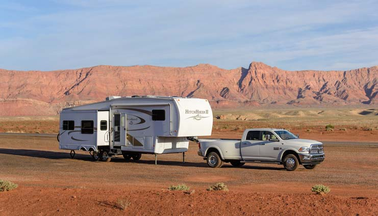 RV boondocking and wild camping in red rocks