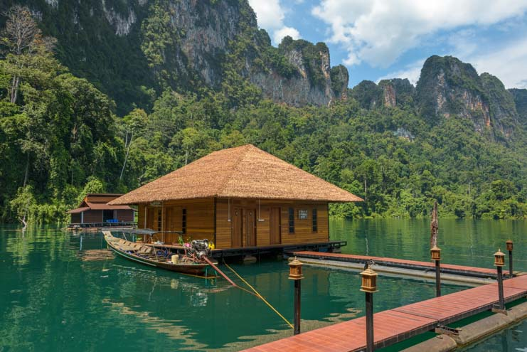 Floating raft house Greenery Panvaree resort Cheow Lan Lake Chiewlarn Lake Khao Sok National Park Thailand