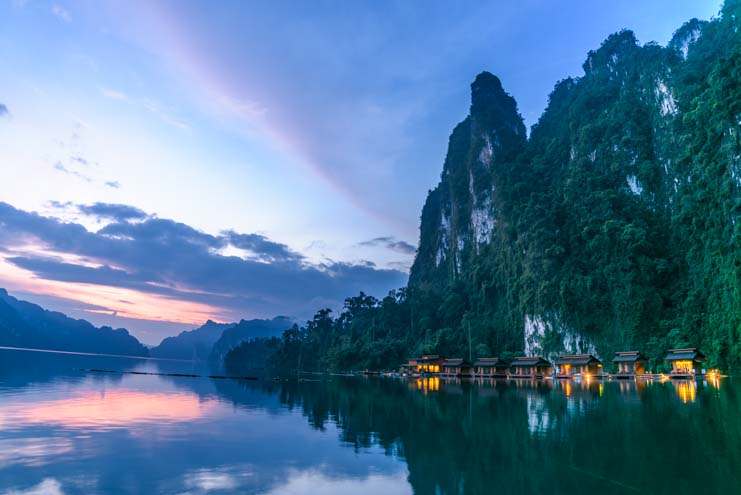 Sunrise Greenery Panvaree Floating Raft House Resort Cheow Lan Lake Chiewlarn Lake Khao Sok National Park Thailand