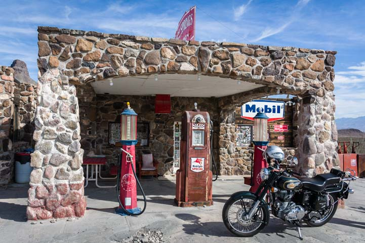 Cool Springs cabins antique Mobil gas station Route 66 in Arizona