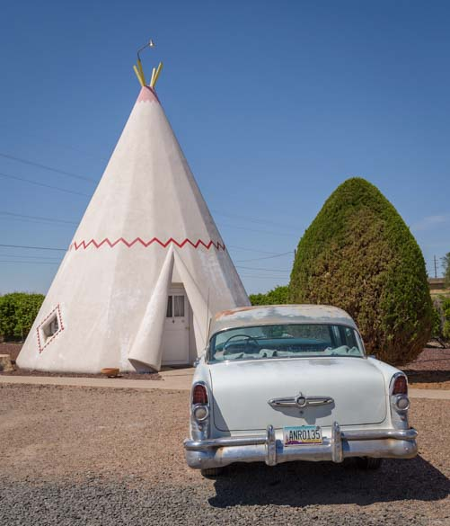 Antique car Wigwam Motel Holbrook Arizona Route 66