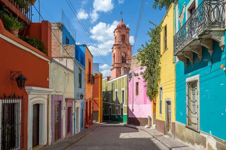 Callejon in Guanajuato Mexico