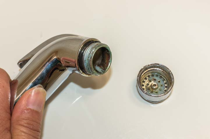 RV toilet rinse wand cleaning