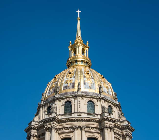 Les Invalides gold leaf tower in Paris