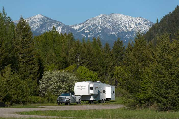 Boondocking in an RV in Montana-min
