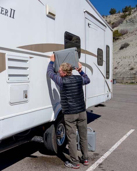Refilling RV fresh water tanks-min