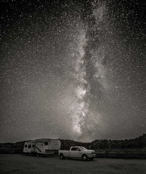 RV camping under the Milky Way near Kanab Utah-min