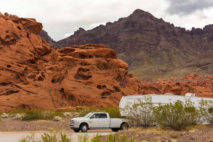 RV parking Redstone Picnic Area Lake Mead Nevada-min