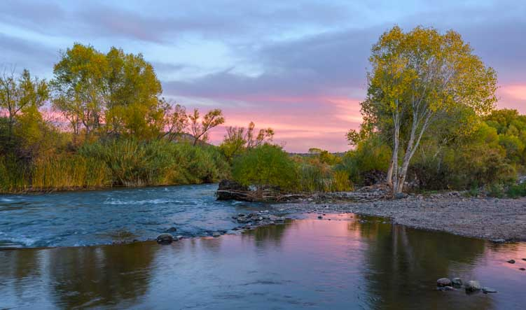 Sunset on the Verde River in Arizona-min