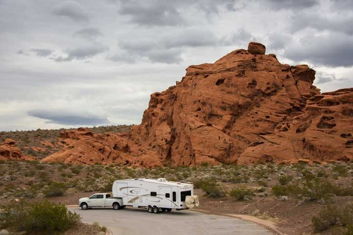 Fifth wheel RV trip Redstone Trailhead Lake Mead Nevada-min