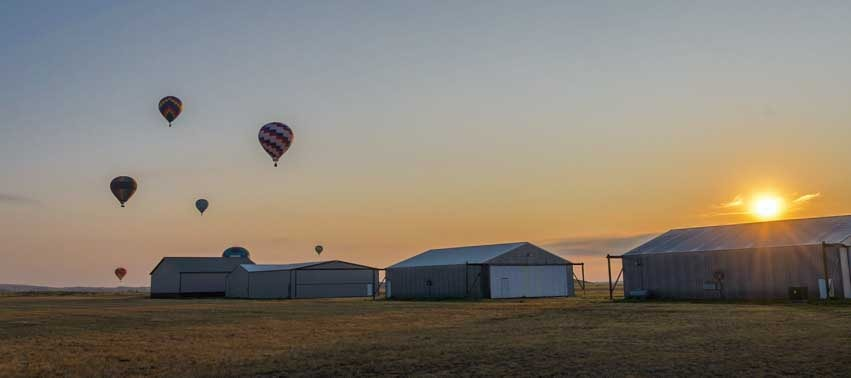 Balloons at Hot Springs airport in South Dakota-min