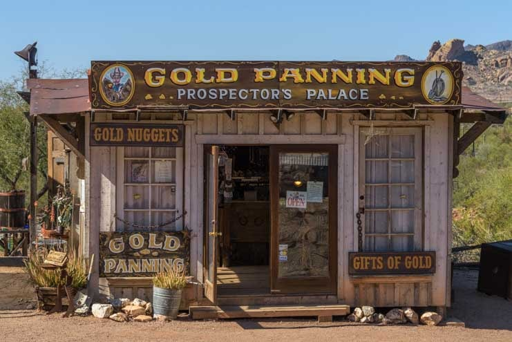 Gold panning at Goldfield Ghost Town Superstition Mountains Arizona-min