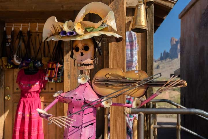 Funny musician Goldfield Ghost Town Superstition Mountains Arizona-min