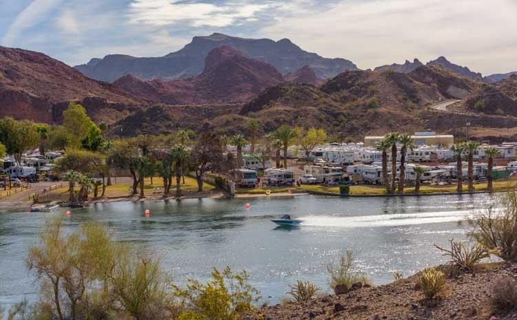 Boating on the Colorado River Arizona RV trip