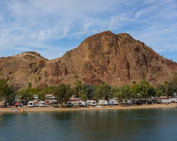 RV park on Colorado River Parker Arizona-min