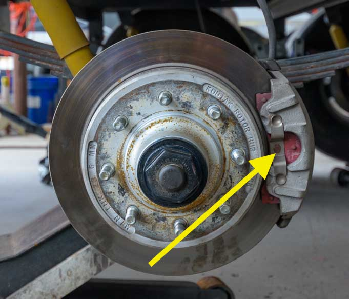 Fifth wheel trailer disc brake rotor and caliper-min