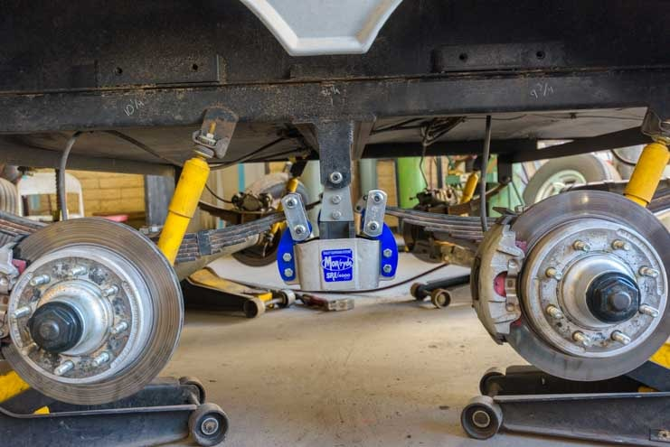 MorRyde SRE 4000 installed on fifth wheel trailer leaf spring suspension-min