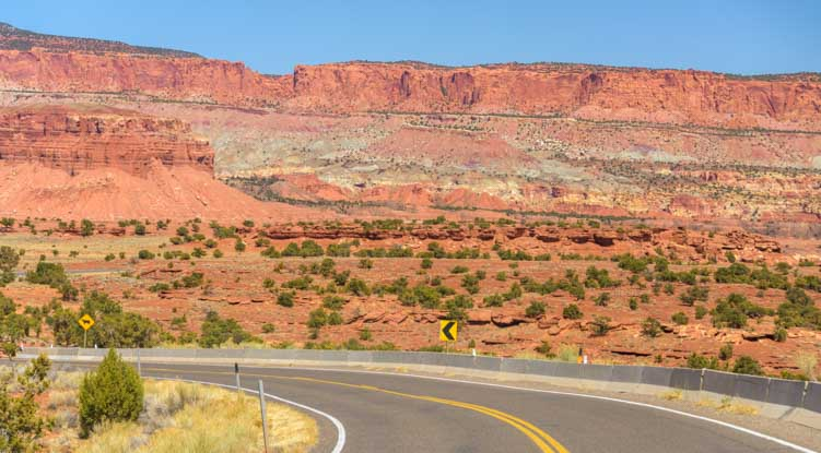 Utah Byway 24 Capitol Reef National Park Scenic Drive-min