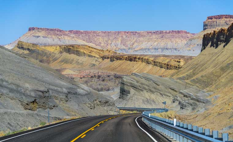 RV Scenic Drive Capitol Reef National Park Utah Route 24-min