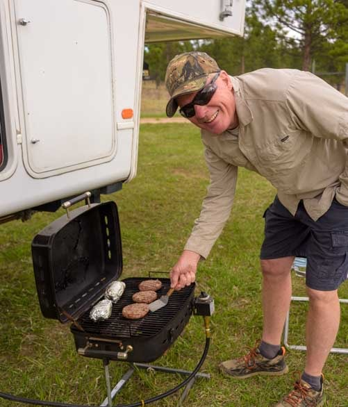 Barbecuing burgers in the full-time RV lifestyle-min