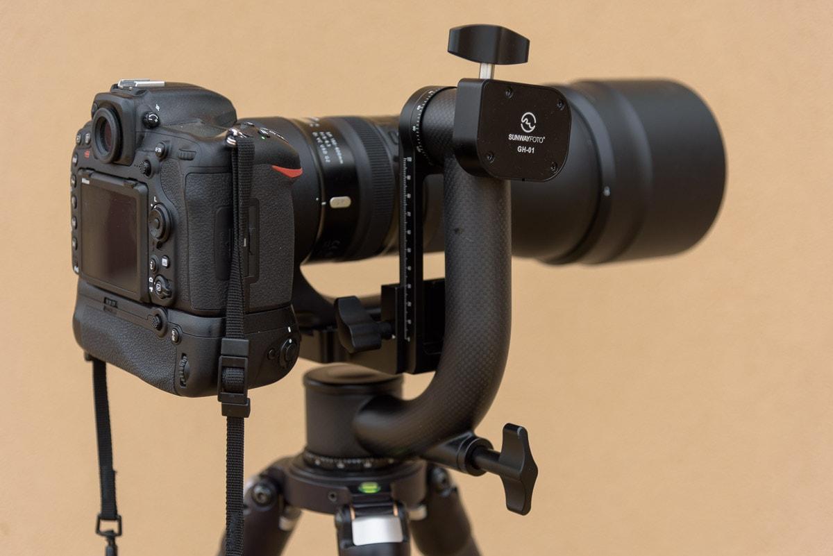 SunwayFoto GH-01 Gimbal Head Tamron 150-600 mm lens Nikon D810 camera closeup-min