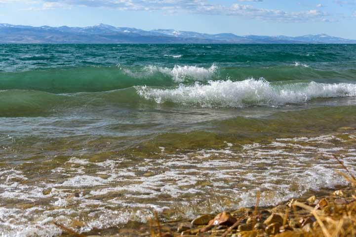 Rough waves Bear Lake Utah RV camping trip-min