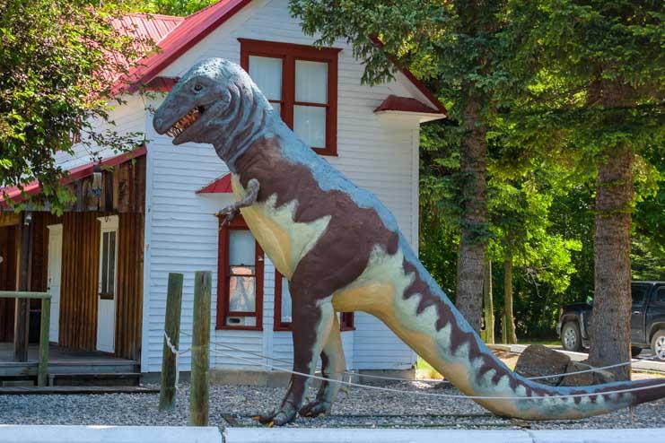 Dinosaur in Choteau Montana-min