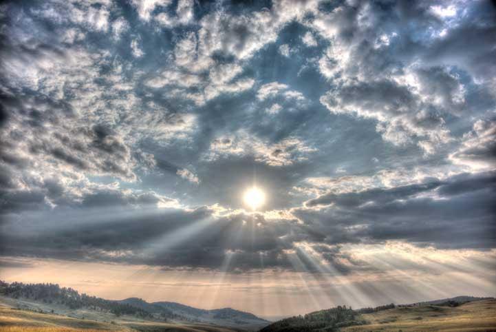 Dramatic skies Northeastern Wyoming RV trip-min