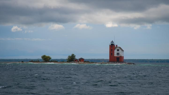 Mackinac Island Michigan lighthouse-min