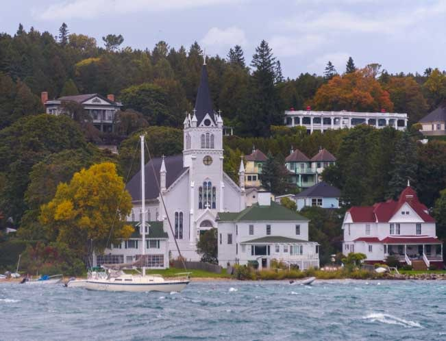 First view of Mackinac Island from the Sheppler's Ferry-min