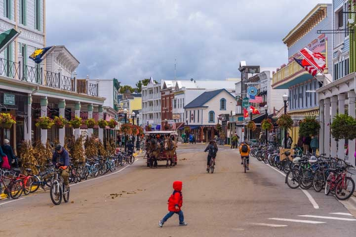 Main Street Mackinac Island Michigan-min