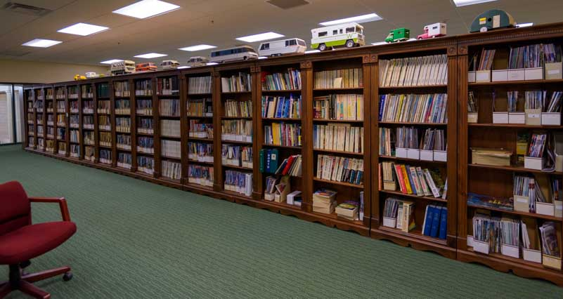 RV-MH Hall of Fame Library Elkhart Indiana-min