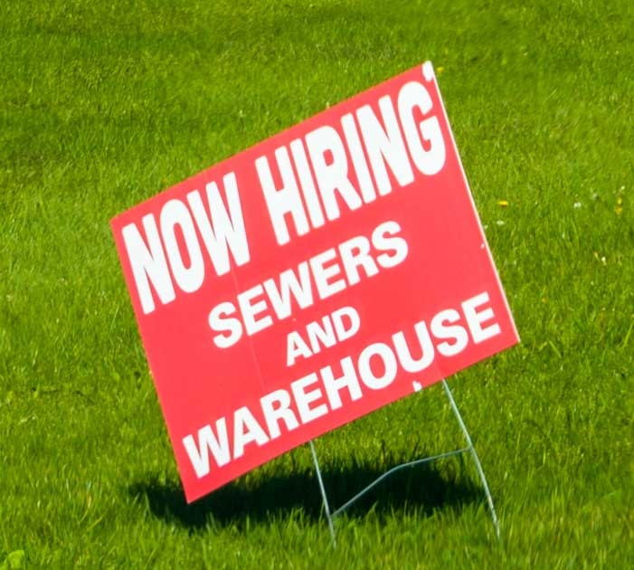 Now hiring in Elkhart Indiana during economic recovery-min