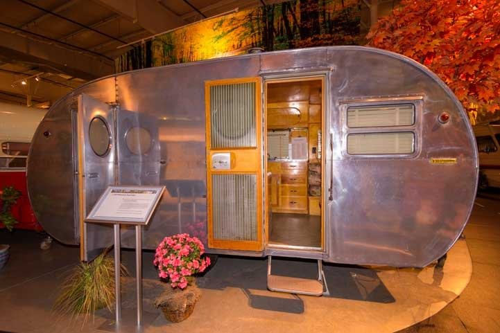 1954 Yellowstone Travel Trailer-min