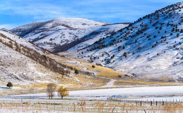 Snowy hillsides Mantua Utah-min