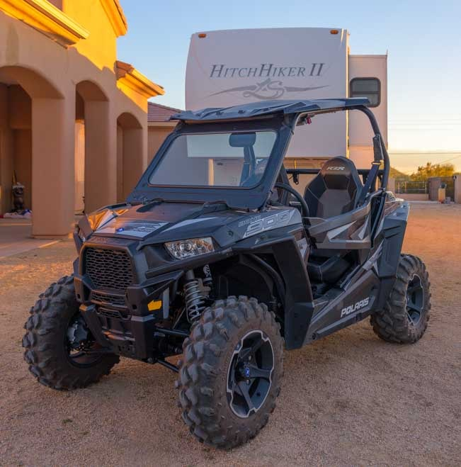 Polaris RZR 900 EPS XC UTV with fifth wheel trailer RV-min