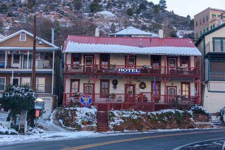 Hotel on the way into Jerome AZ-min