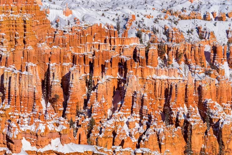 Inspiration Point view with snow at Bryce Canyon National Park-min